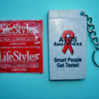 """Smart People Get Tested"" Condom Key Chain"